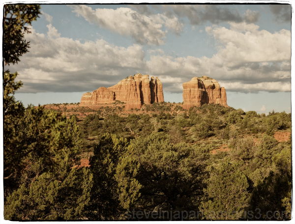 Cathedral Rock from Little Horse Trail.