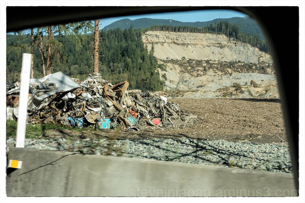 The scene at the mudslide in Oso, WA.
