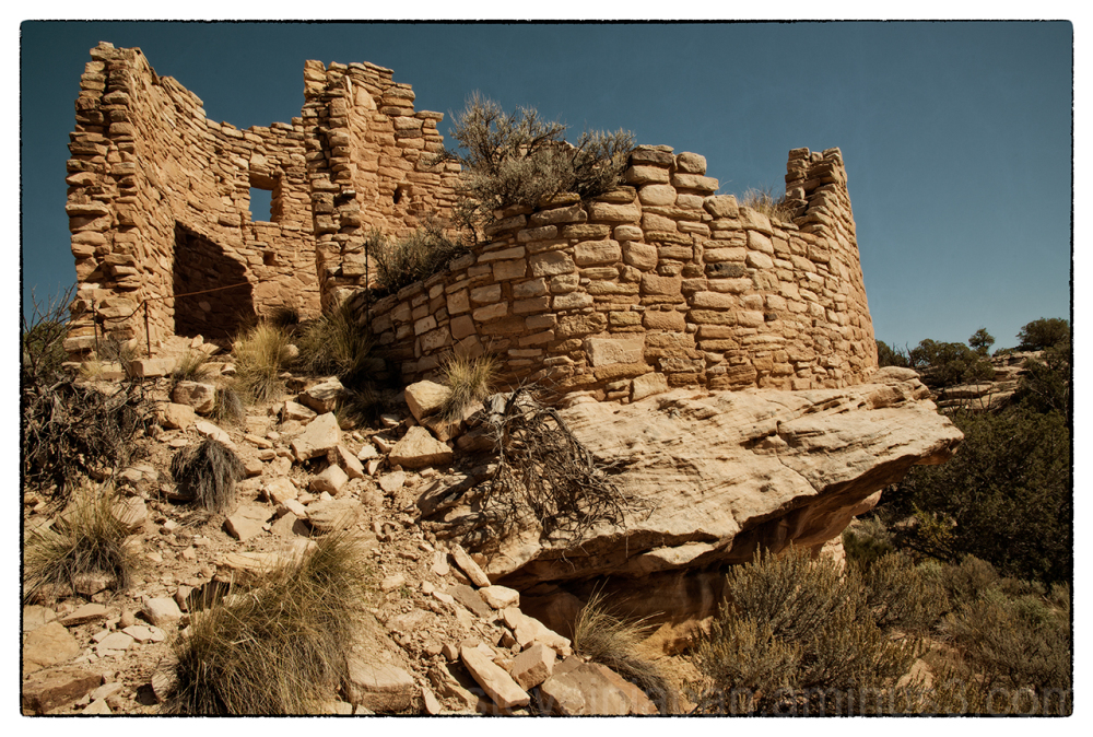 The Cutthroat Castle site at Hovenweep NM.