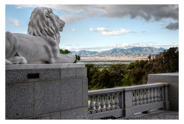 A lion sculpture at the Utah State Capitol.
