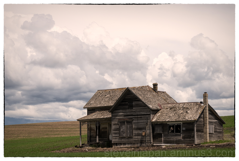 An abandoned house in the Palouse.