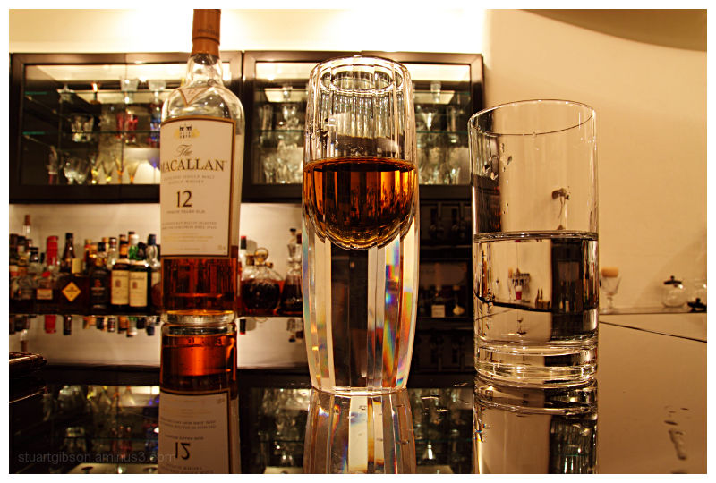 mac drink whisky bar glass bottle