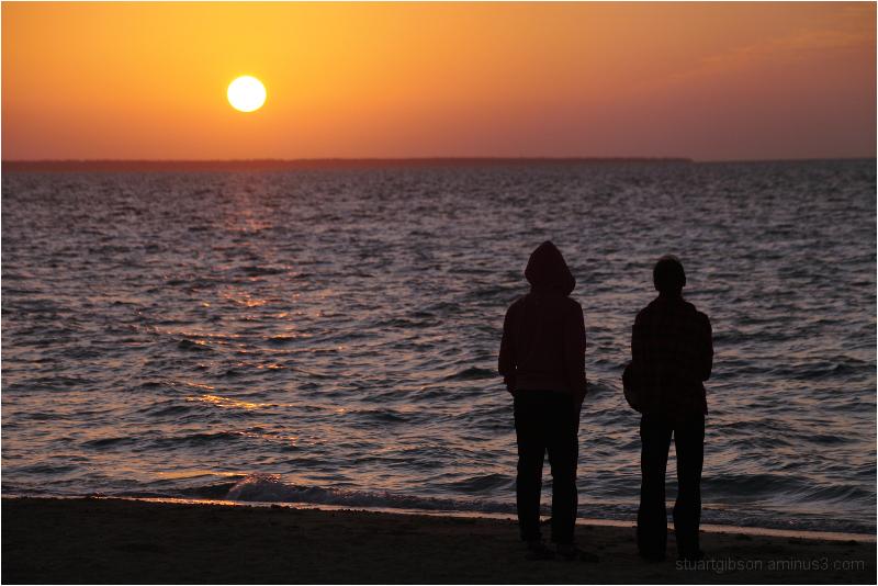A couple watch the sunrise on Kohama island (小浜島)