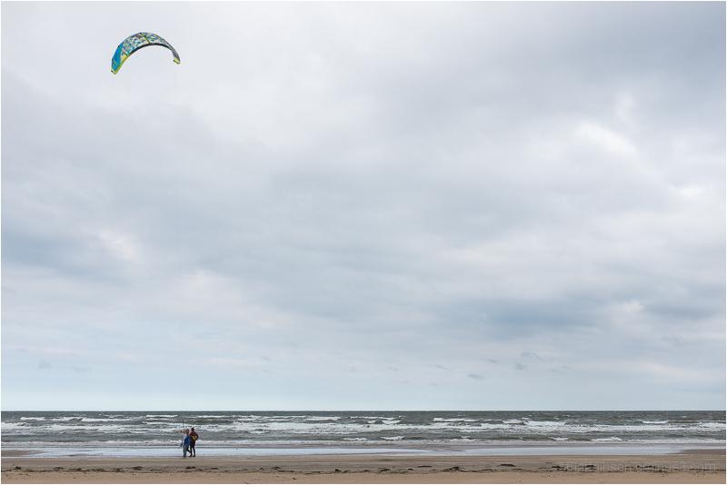 kite surfers take a break