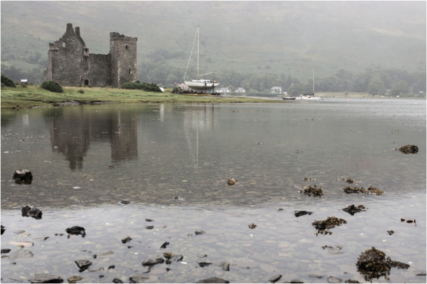 The ruins of Lochranza castle