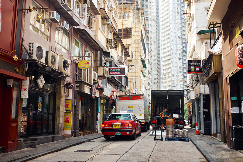 a massage for the draymen - Hong Kong