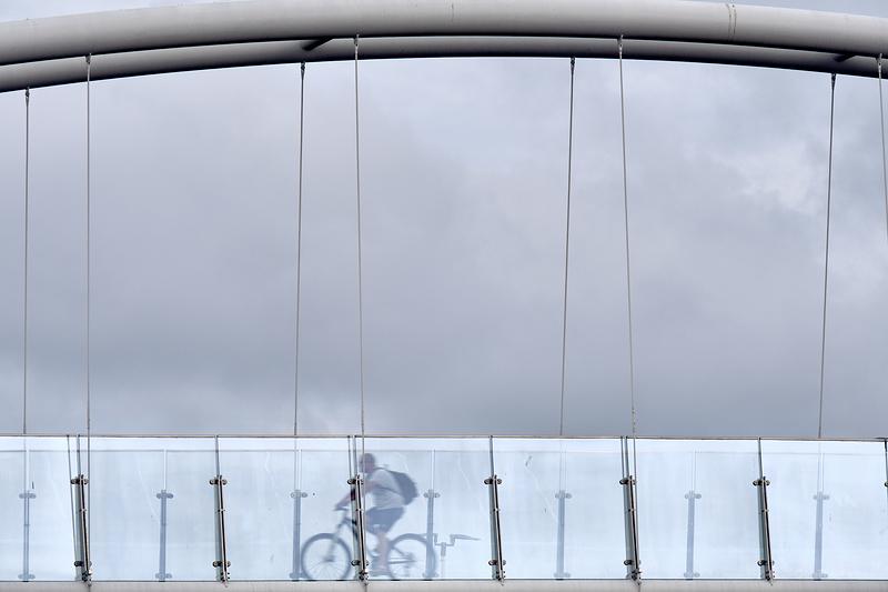 glass & wheels