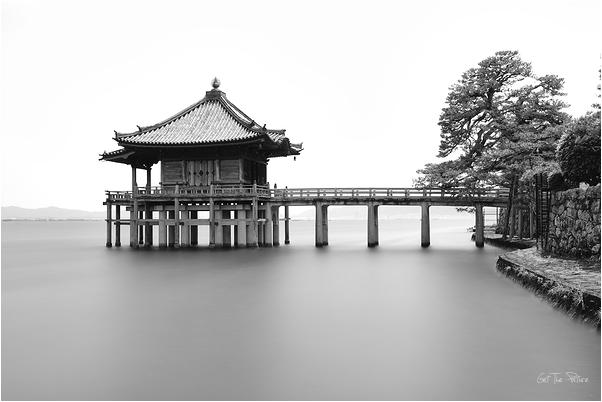 Ukimido - the floating pavillion