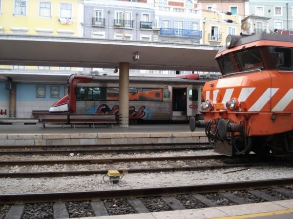 AP, R, Locomotiva