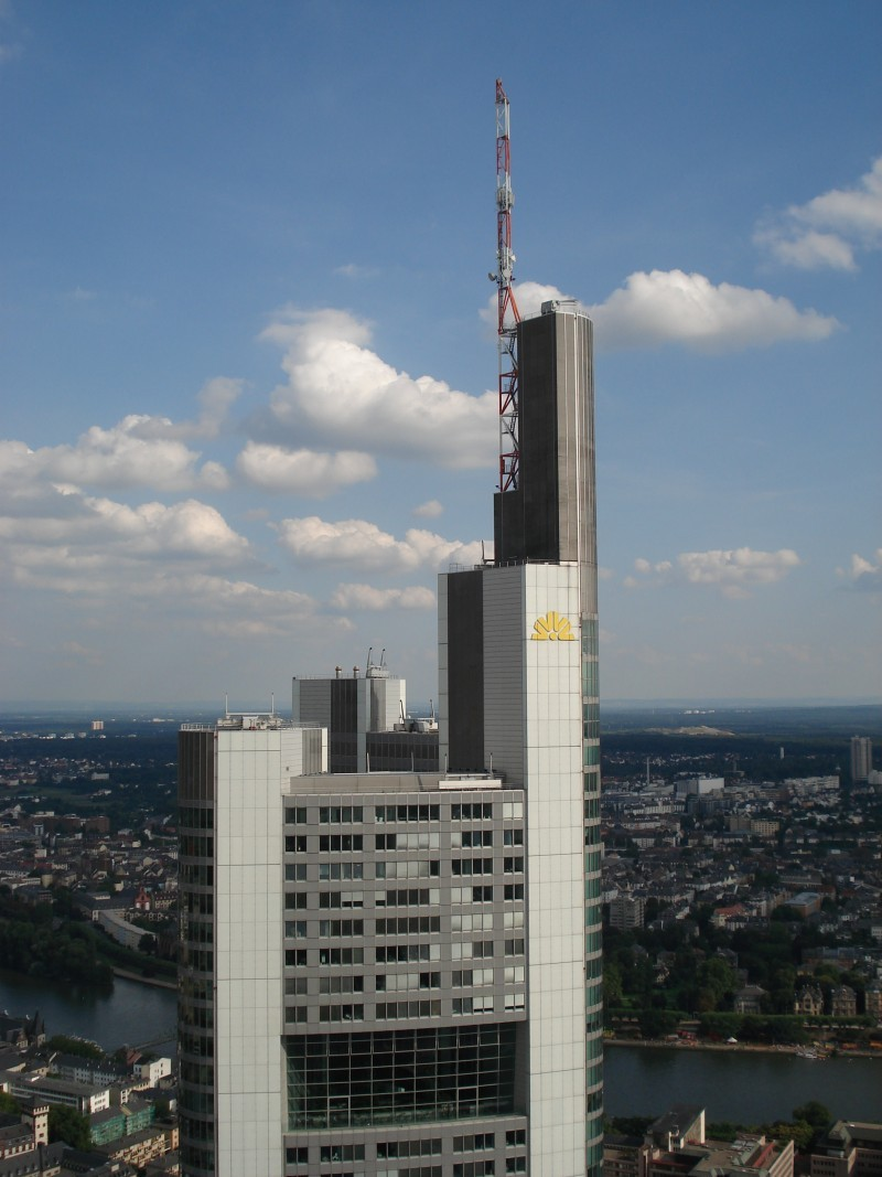 Commerzbank ueber alles