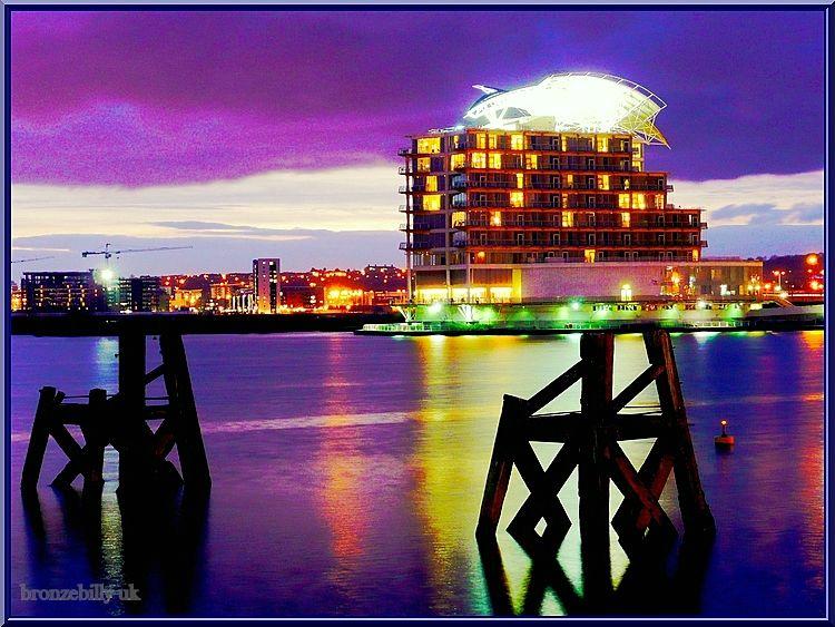cardiff bay hotel hdr bronzebilly