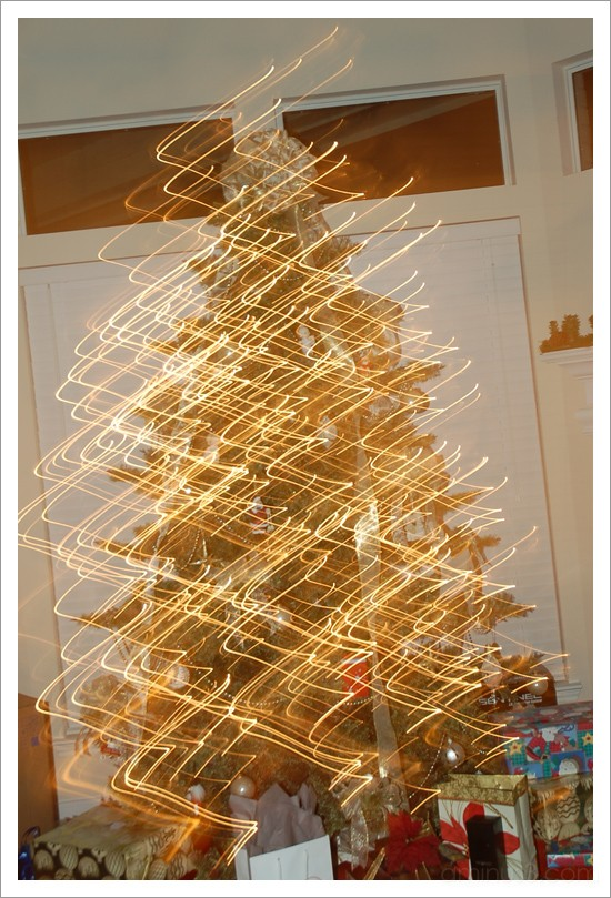 Wiggling Christmas Tree