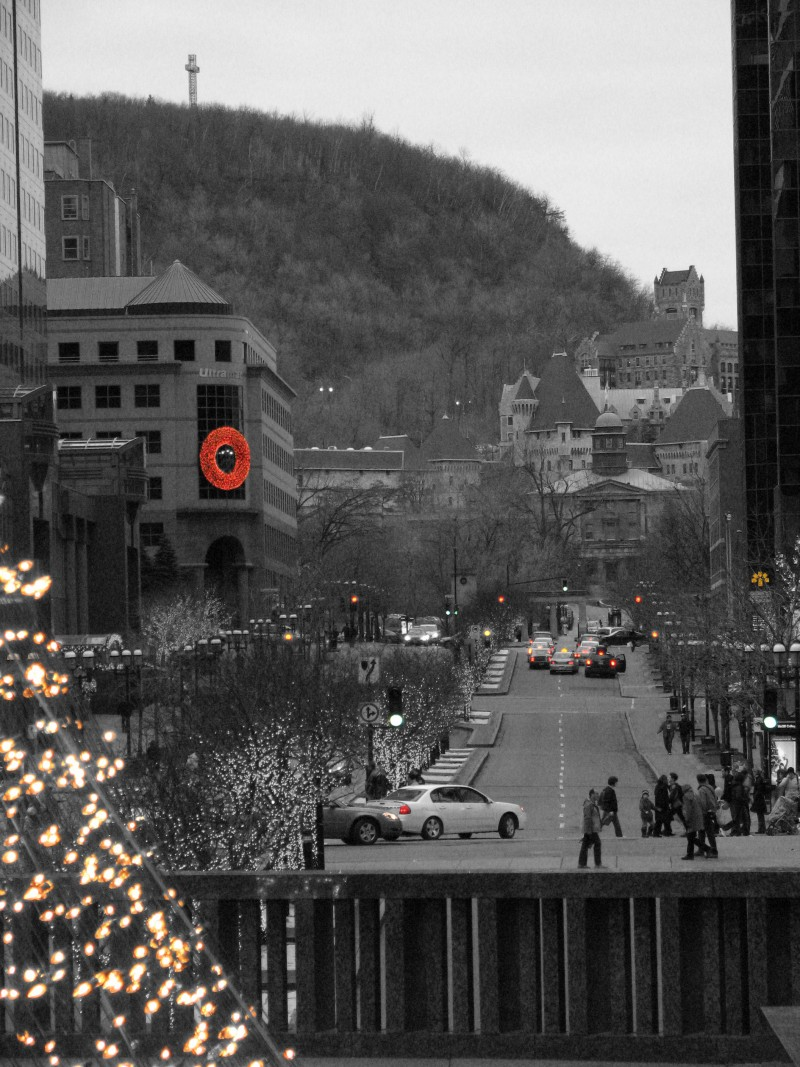 christmas time in downtown montreal