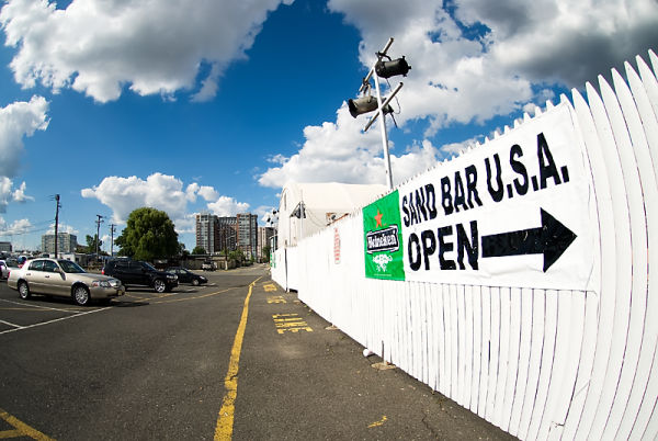 Sand Bar USA, Jersey City bar