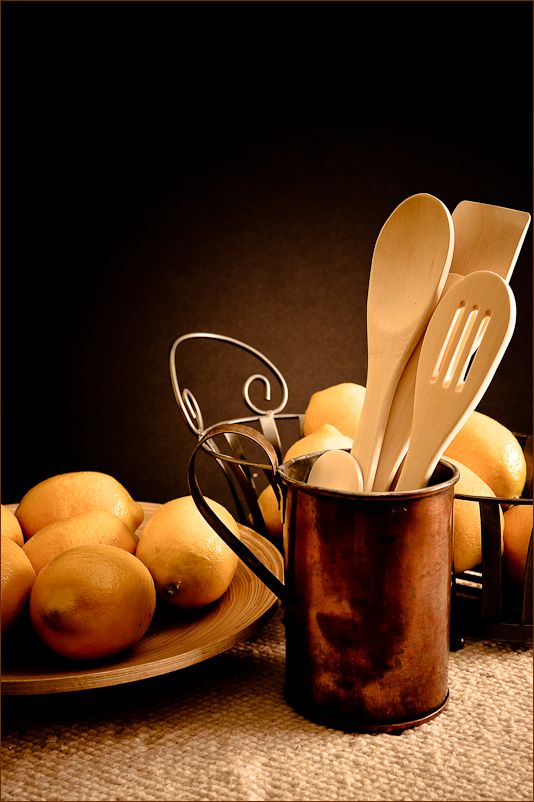 still life copper with lemons
