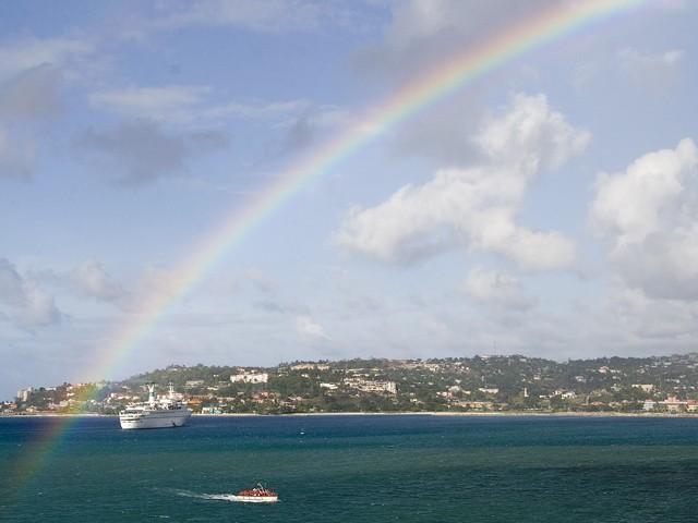 Arc-en-ciel sur Montego Bay