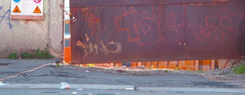orange rust urban