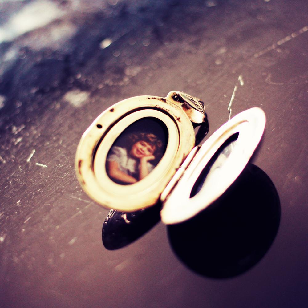 pendant and memories