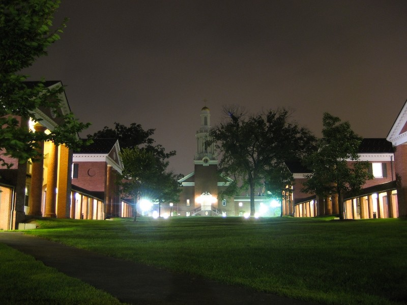Sterling Divinity Quadrangle, Night