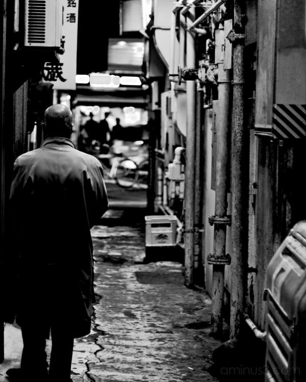 man, alleyway, tokyo, night, ginza