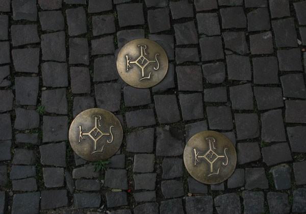 Three spots