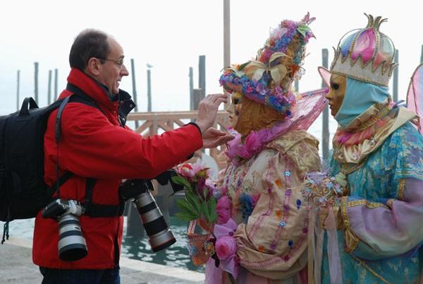 photo mask carnival venice