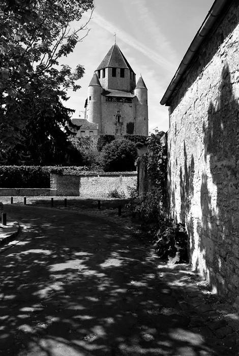 provins castle