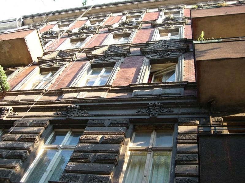 kolonnenstraße