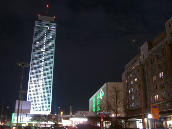 blurry alexanderplatz