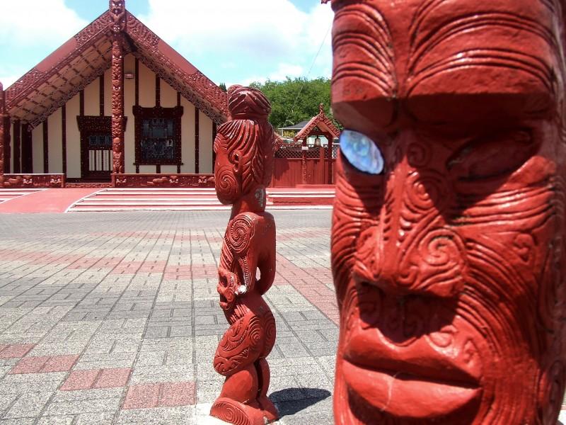 maori 3 - carvings
