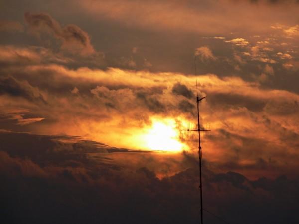 Zachód z anteną