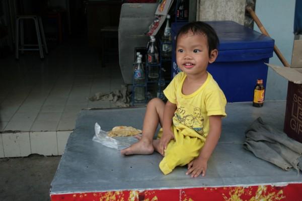 Cute Kid in market in Bangkok