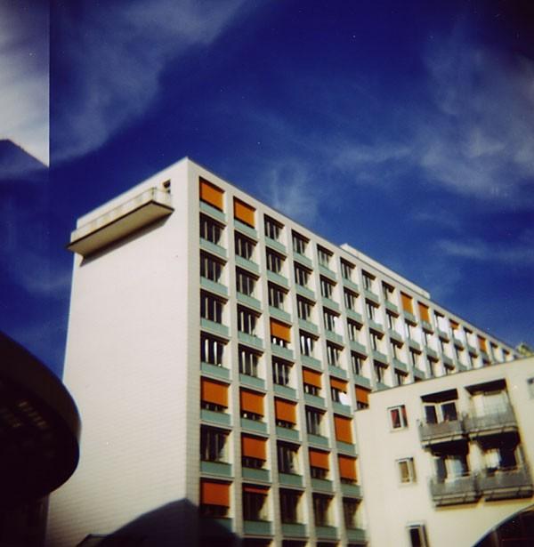 Post building