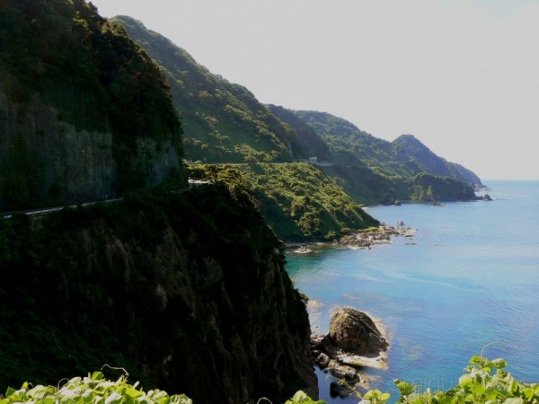 Road around the cliffs