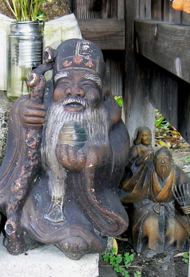 Friendly neighborhood statue