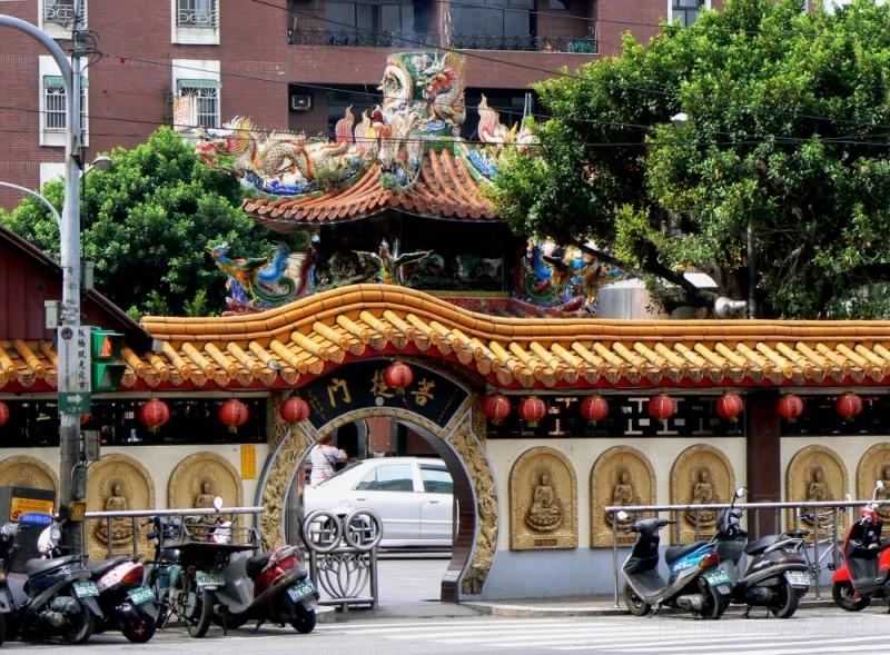 Taipei temple