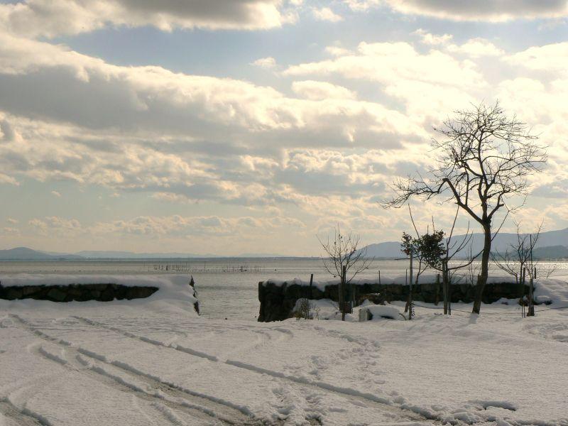 Lake Biwa in the snow