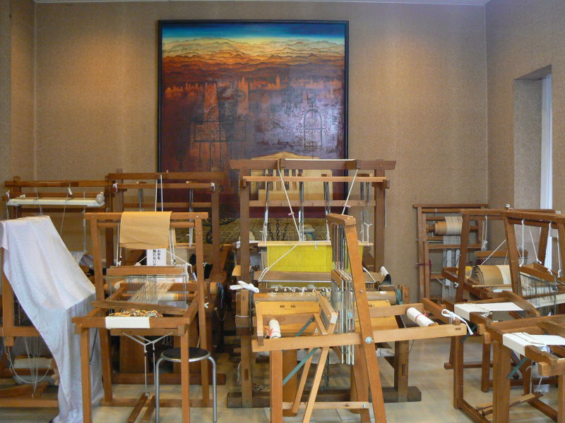 Looms at a textile museum
