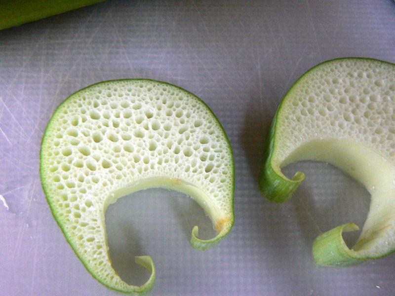 Sliced lotus stem