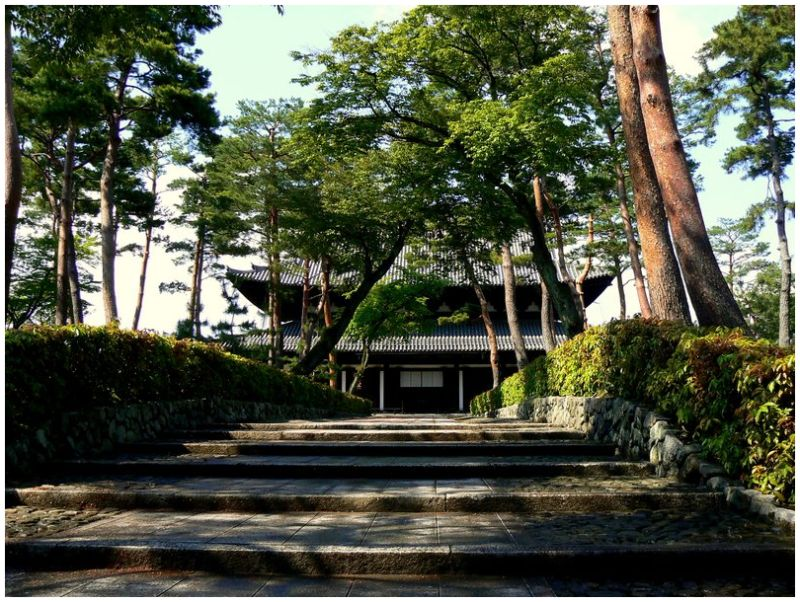 Stone steps at Shokokuji Temple in Kyoto