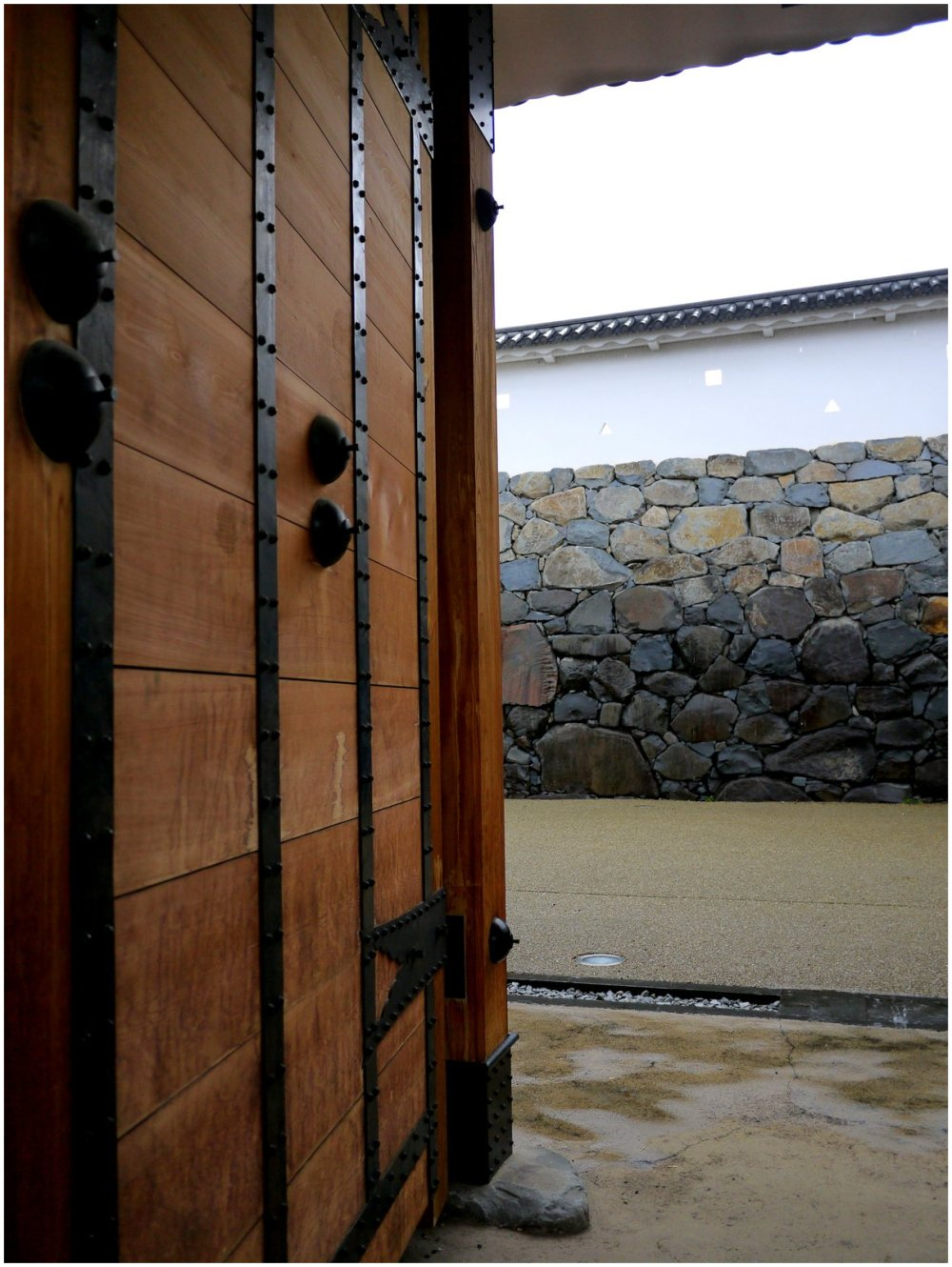 Huge door of Kofu Castle gate