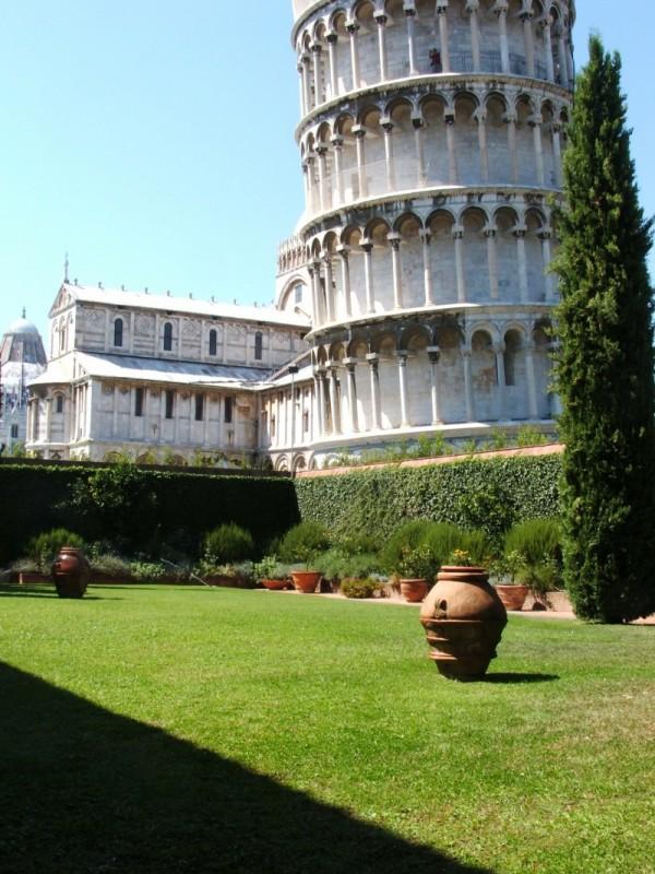 La torre pendente di Pisa.