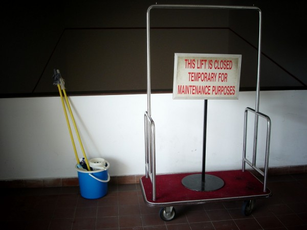 this lift is temporarily unavailable due to clean