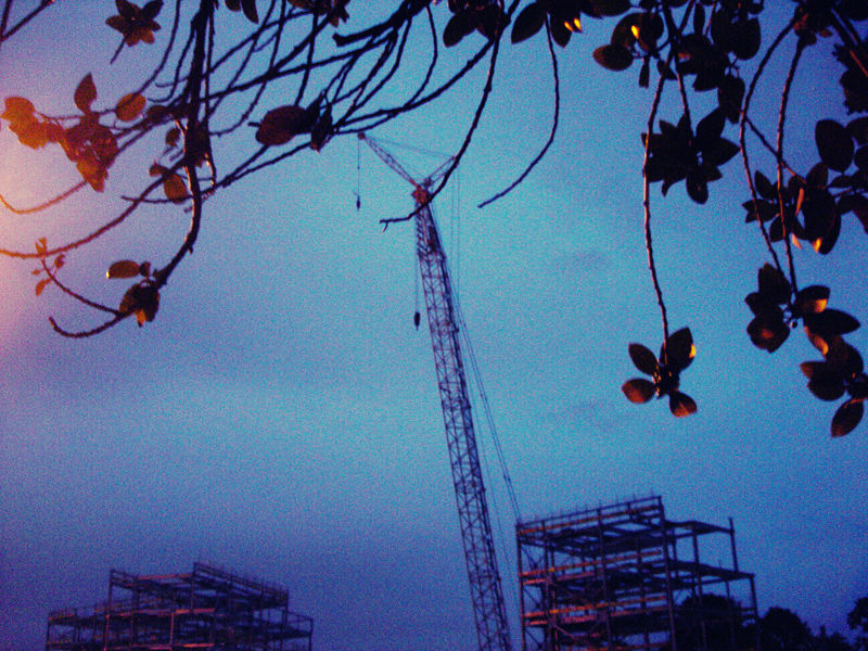 construction site in Leeds Uni during dawn
