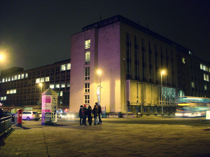rendezvous of a group of teenager near Leeds Uni