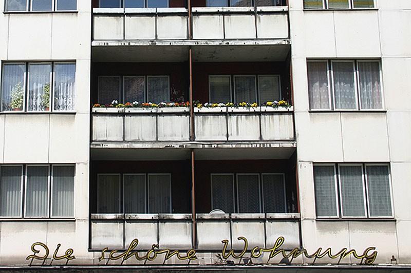 Die Schoene Wohnung