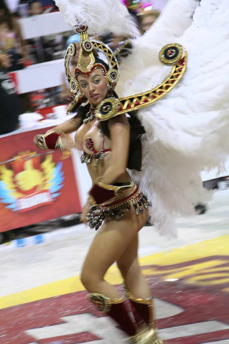 carnaval dancer