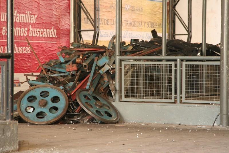 escalator gears