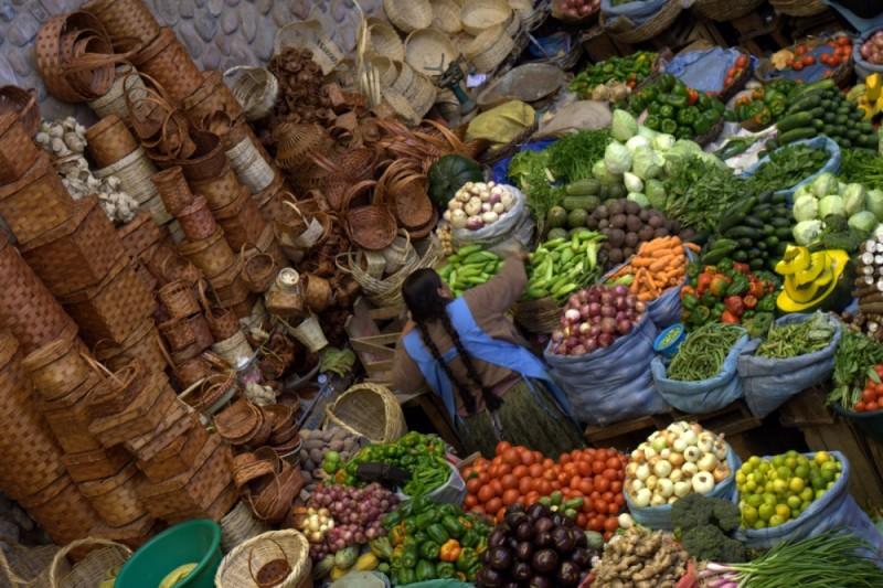 the sucre market