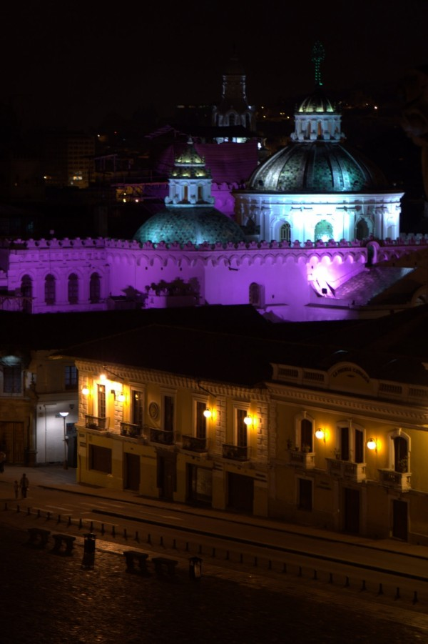 san fransisco plaza at night